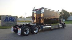 ARI Legacy Sleepers manufactures high-end custom sleepers for semi trucks. Rv Truck, Big Rig Trucks, Semi Trucks, Custom Big Rigs, Custom Trucks, Kenworth Trucks, Peterbilt, Motorhome Conversions, Hot Black Women