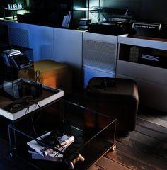 #vox #wystrój #wnętrze #aranżacja #urządzanie #inspiracje #projektowanie #projekt #remont #pomysły #pomysł #design #room #home #meble #pokój #pokoj #dom #mieszkanie #światło #wieczór #klimat Interior S, Furniture Inspiration, Corner Desk, Home Decor, Corner Table, Decoration Home, Room Decor, Interior Decorating