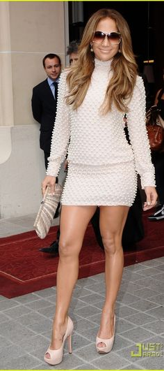 Jennifer Lopez Jennifer Lopez Legs, Jennifer Aniston, J Lo Fashion, Womens Fashion, Dresses With Sleeves, Sexy Dresses, Party Dresses, Pinterest Images, People Style Watch