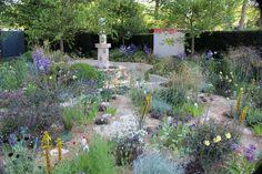 Cleve West's 2014 RHS Chelsea Flower Show Garden Chelsea Flower Show, Moorish, Beautiful Gardens, Garden Design, Planting, Gardening, Islamic, Flowers, Garden Ideas