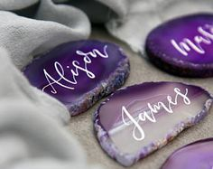 Ultra-Violet Wedding Place Cards. Calligraphy Agate Name Cards. Purple Geode Place Cards. Event Table Decoration.