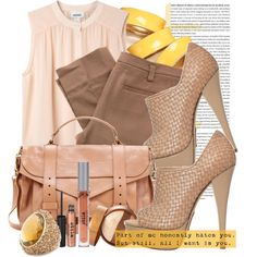 """Say hello to neutrals with a pop of yellow. This is what you need for a """"Weekend With Foxy!"""""""