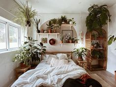 #bohemian #bohemianbedroom #bohobedroom #boho #bohostyle #bohodecor #bohohomedecor #houseinterior #houseplants #houseplantclub #plants #plantsofinstagram #plantsmakepeoplehappy #interior Room Ideas Bedroom, Home Bedroom, Nature Bedroom, Earthy Bedroom, Bedrooms, Bedroom Inspo, Style Deco, Aesthetic Room Decor, Aesthetic Plants