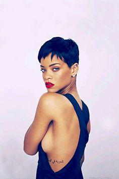 Rihanna Riri, Rihanna Style, Pixie Hairstyles, Pixie Haircut, Rihanna Hairstyles, Red Dress Makeup, Prom Makeup, Bad Gal, Short Hair