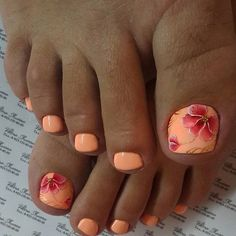 44 Best Toe Nail Color for Women Spring Style - Fußnägel - Nageldesign Pedicure Colors, Pedicure Nail Art, Toe Nail Art, Pedicure Ideas, Flower Pedicure, Pedicure Nail Designs, Pretty Toe Nails, Cute Toe Nails, Diy Nails