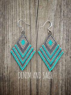 Gunmetal and turquoise beaded earrings. Beaded Earrings Patterns, Bead Loom Patterns, Beading Patterns, Beaded Jewelry, Crochet Earrings, Brick Stitch Earrings, Seed Bead Earrings, Beading Projects, Loom Beading