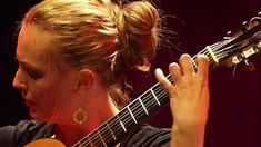 Heike Matthiesen playing the famous Spanish romance #classical guitar