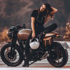 Super Motorcycle for Women Biker Girl Motors 41 Ideas - Future Projects -. - Super Motorcycle for Women Biker Girl Motors 41 Ideas – Future Projects – - Motorbike Girl, Motorcycle Style, Motorcycle Outfit, Motorcycle Girls, Motorbike Photos, Girl Bike, Biker Style, Biker Chick Outfit, Biker Outfits