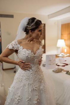 Casamento com decoração romântica Lace Wedding, Wedding Dresses, Julia, Boho, Weddings, Fashion, Romanticism, January, Brides