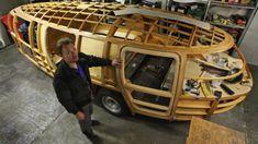 BBC - Autos - Rebuilding Fuller's Dymaxion. This would make a good idea to use for a tear drop trailer. Airstream, Bike Cart, Motorhome Interior, Diy Go Kart, Buckminster Fuller, Streamline Moderne, Gypsy Wagon, Teardrop Trailer, Unique Cars