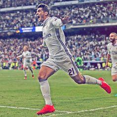 ⌛️ @alvaromorata When you score a last-minute winner... Cuando marcas el gol de la victoria en el último minuto... #RMUCL #HalaMadrid