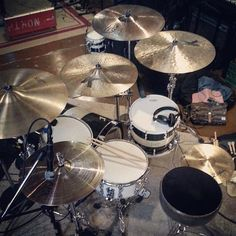 SJC drumset and more  Featured  @_zacharyreid  #drum#drums#drummer#drummerboy#drumset#drumkit#drumporn#drumline#drummergirl#recordingstudio#musico#baterista#instadrum#drumming#percussion#percussionist#drumsoutlet#tama#DWdrums#ludwig#sjcdrums#gretsch#Bateria#pearldrums#drumlife#drumdrumdrum#sessiondrummer#drumsticks by drumset_up