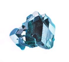 "12images:  Semi-precious gem and mineral paintings by Carly Waito. ""Dioptase"""