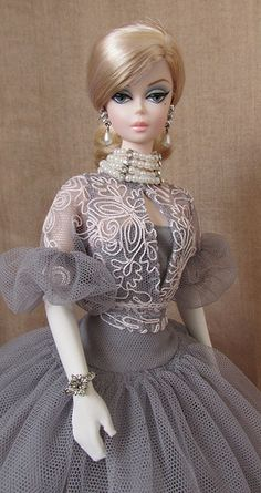 Ok, so it's Barbie, but minus the gloves & add red hair, **THIS** is what I want to look like on my wedding day!