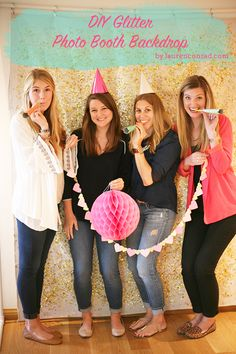 DIY: Glitter Photo Backdrop -- taking pictures with your friends or your family? Try this gorgeous backdrop for a festive look for your photos!