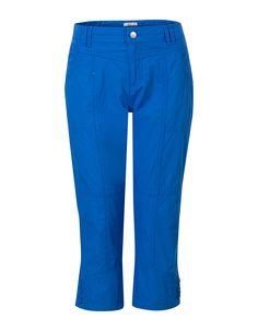 Blauwe capri broek met een normale taille. Dit rechte model sluit met ...