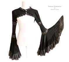 Capelet Mariposa, victorian, steampunk noir, size M / L burlesque, edwardian… Viktorianischer Steampunk, Steampunk Costume, Steampunk Clothing, Steampunk Dress, Gothic Mode, Gothic Lolita, Victorian Fashion, Gothic Fashion, Steampunk Fashion Women