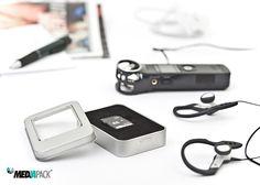 Embalagem de metal, com janela em acrílico, para SD Cards.