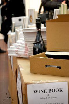 Wine book: abbinare libri ad altri prodotti d'intrattenimento.