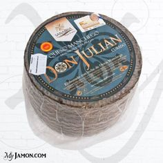 Don Julian dop aged cheese is a product elaborated by the Sanabria family, which is characterized by its almost thirty years of activity in the town of Villamayor de Santiago, in the province of Cuenca, in the the area of Castilla la Mancha. We recommend you to marry this cheese with Serrano ham, with little chorizo sandwiches in Spanish called montaditos or with various cured Iberian products.
