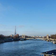 #Seine #TourEiffel a little bit of #pollution in #Paris two days ago