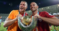 Galatasarays star players Lucas Podolski and Wesley Sneijder said they were very happy to start the season with a trophy.
