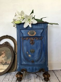 This adorable vintage nightstand was painted in Bunker Hill Blue by Dixie Belle Paint. Hand Painted Furniture, Refurbished Furniture, Paint Furniture, Repurposed Furniture, Furniture Projects, Furniture Makeover, Vintage Furniture, Furniture Decor, Blue Furniture
