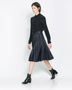 +| So sharp - moody midi skirt with boots - COATED PLEATED SKIRT from Zara |+