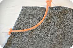 Her er en lille DIY på et par baggy bukser, som Agnes elsker at have på. Jeg er gået ud fra et mønster fra stof2000 homemade, som hedder Chr...