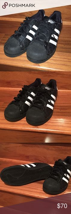 competitive price 62686 ae1ac Black Adidas superstar sneaker
