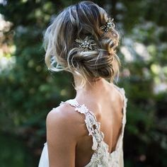 """4,798 Me gusta, 55 comentarios - Dressed by G (@dressedbygbridal) en Instagram: """"Boho updo of the day #bridalhairstyle #bohoupdo #laidbackstyle #modernbride #romantichair…"""""""