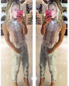 zpr ✨Ultima blusa renda branco/rosê, tam M, R$ 259,90 - vem com lacinho preto! ✨ Look Perfeito, maravilhoso!!!😍💕😻❤️📲 Whats: 011 99197-1828 💌 contato@samambaiastore.com.br. ✳️ www. samambaiastore.com.br #samambaiastore #modams #shop #shoponline #mariliasimoes #trend #estilo #stylish #tendencia #musthave #style #moda #summer #summer17 #verao #ecommerce #compra#compraonline##comprar#compras#comprasegura#comprasonline#moda#moda2016#modablogueira#modabrasil#modacasual#modafashion