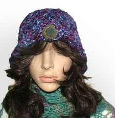 purple brooch cloche #crochet beanie be Renate Kirkpatrick