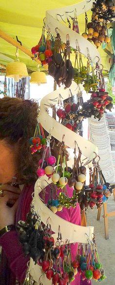 Spiral earring display