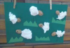 ovečky z kapesníku a skořápky ořechu