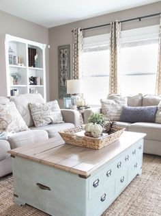 Nice 35 Rustic Farmhouse Living Room Furniture Decor Ideas https://roomodeling.com/35-rustic-farmhouse-living-room-furniture-decor-ideas