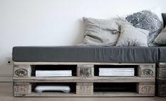 Wir geben es freilich zu: Möbel aus Paletten stehen hoch im Kurs! Wir alle werden mit verschiedenen DIY Ideen dafür täglich konfrontiert. Das ist vollkommen verständlich, denn alle Möbelstücke aus Paletten sind leicht zu basteln, sie haben einen hohen praktischen Wert und können fast in allen Räumen zu Hause und auch im Außenbereich eingesetzt werden. Außerdem bestechen sie durch ihren natürlich Look und erfreuen sich deshalb immer größerer Beliebtheit. Außerdem haben die Möbel aus Paletten…