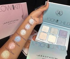 Moonchild #GLOWKIT @alisa.beauty.pro #anastasiabeverlyhills #moonchildglowkit