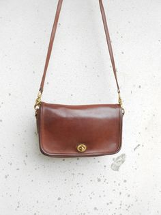 Vintage Leather Bag COACH No.B6D - 9755 Brown Leather Purse Leather Crossbody Bag / Authentic / Small