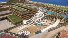 Antalya Maxx Royal otel binasına ait dış mekan ahşap uygulamalarımız// Our wood facade applications for Maxx Royal Hotel in Antalya