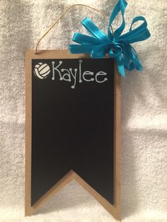 Great player gift, and easy to make! For any sport and for everyplayer. Volleyball Gifts, Volleyball Ideas, Softball, Team Bonding, Senior Gifts, Ball Decorations, Sewing Baskets, Team Photos, Crafts To Do
