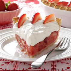 Fresh Strawberries & Amaretto Cream Pie Recipe -Strawberry pie is even more luscious when you cover it with a generous layer of amaretto cream. Keep the recipe in mind whenever you have a bounty of fresh berries. Fresh Strawberry Pie, Strawberry Recipes, Strawberry Tarts, Pie Dessert, Dessert Recipes, Pastries Recipes, Fruit Recipes, Cake Recipes, Cheesecakes