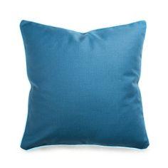 Kissen mit Bise blau ca.45x45 cm  Farbe: blau Maße: L45xB45 cm Schaffen Sie farbige Akzente in Ihrem Zuhause und ergänzen Sie Ihr Sofa, Bett oder Ihre Stühle mit diesem weichen Kissen in blau. Sie schaffen nicht nur bequeme Sitz- & Liegemöglichkeiten, sondern dekorieren Ihr Heim noch in frohen Farben. Kombinieren Sie beispielsweise auch mehrere Kissen in ähnlichen Farbtönen und schaffen Sie sich eine Wohlfühloase. D...  9,99€
