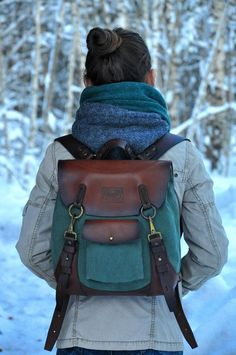 Sewing bags and purses laptops 53 Ideas Cuir Vintage, Vintage Bags, Vintage Leather Bags, Small Leather Bag, Leather Totes, Leather Belts, Backpack Brands, Ladies Backpack, Vintage Backpacks