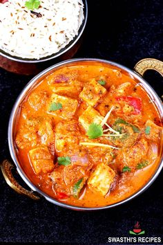 Kadai paneer is a spicy, warming, flavorful and super delicious dish made by cooking paneer & bell peppers in a fragrant, fresh ground spice powder. This uniquely flavored and spiced kadai paneer is so much different from the other popular paneer gravy dishes like paneer butter masala and shahi paneer. If you love the real Indian flavors and spicy foods then give this dish a try. Spicy Recipes, Indian Food Recipes, Vegetarian Recipes, Cooking Recipes, Ethnic Recipes, Paneer Gravy Recipe, Paneer Recipes, Paneer Tikka, Palak Paneer
