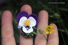 Violet flower crochet ring