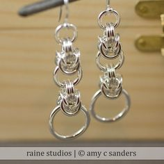 Oh My God!!!  I need to make these chain mail earrings for me and also to send to my friend's wife!!!