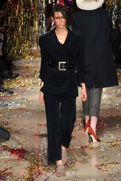 Vivienne Westwood Fall 2015 Ready-to-Wear Collection Photos - Vogue
