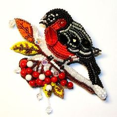 Beaded brooch by Lubov Loom Patterns, Beading Patterns, Beaded Brooch, Beaded Jewelry, Art Perle, Custom Jewelry Design, Beaded Animals, Beading Projects, Ribbon Embroidery