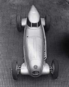 Mercedes Boat Tail Racer